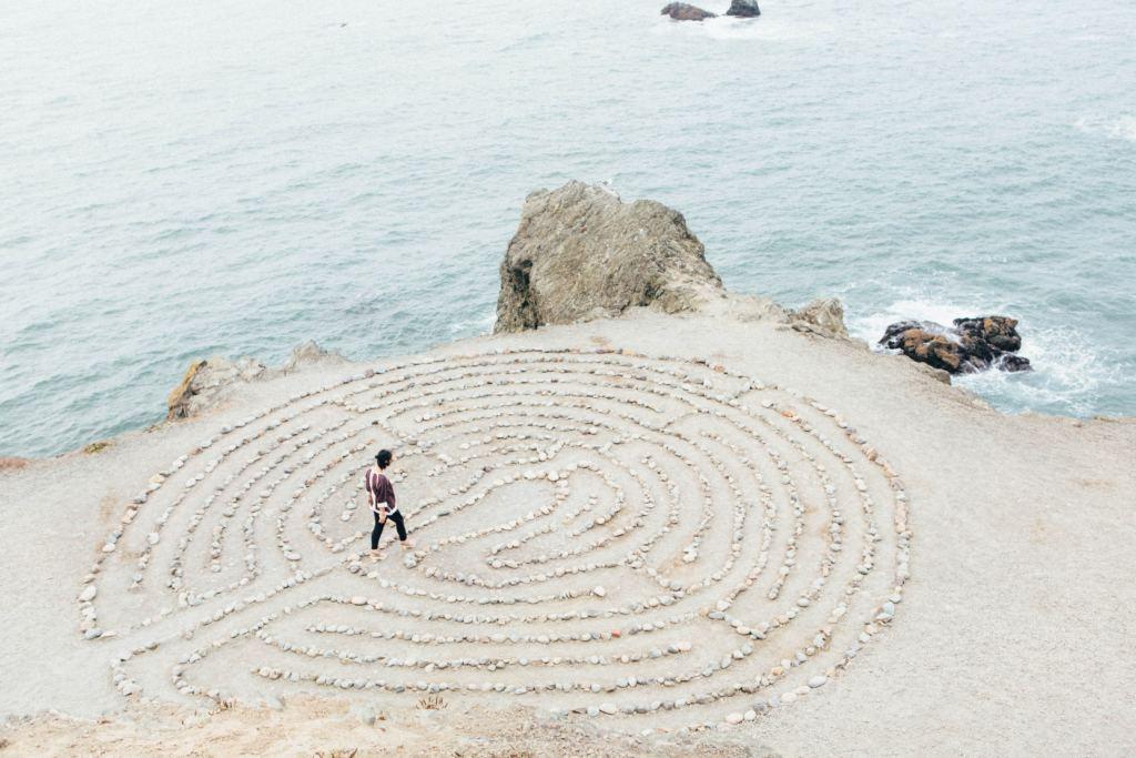 donna labirinto mare tratta